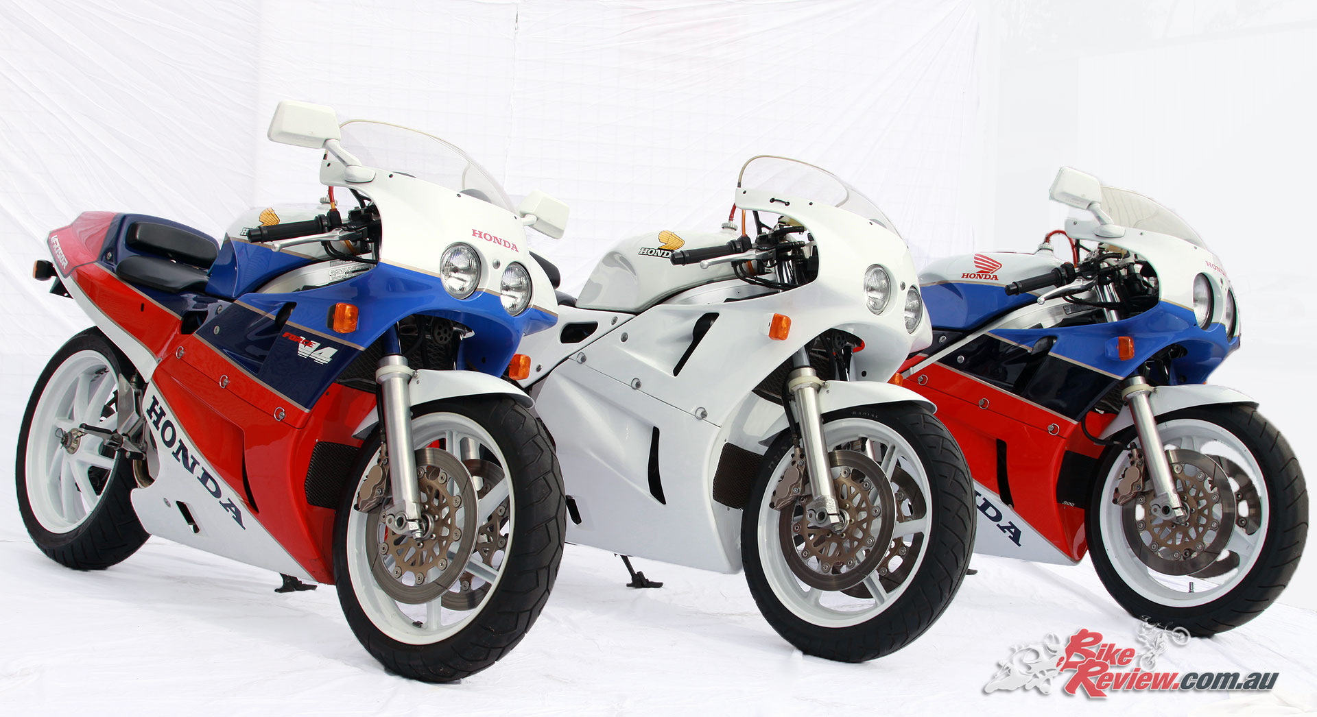 Classic Honda VFR750R RC30 Bike Review 6050